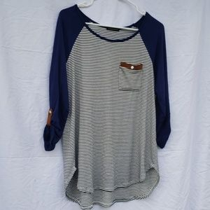 Staccato black & white striped blue long t xl